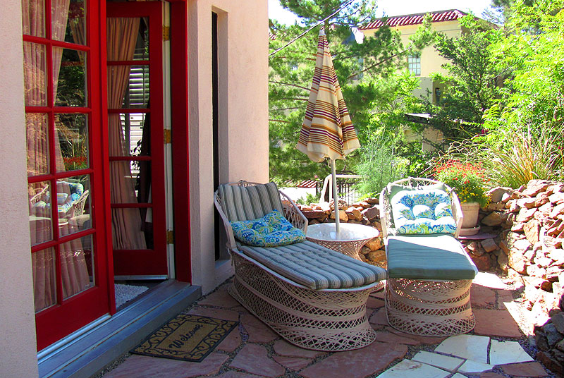 Jerome Bed and Breakfast outdoor patios